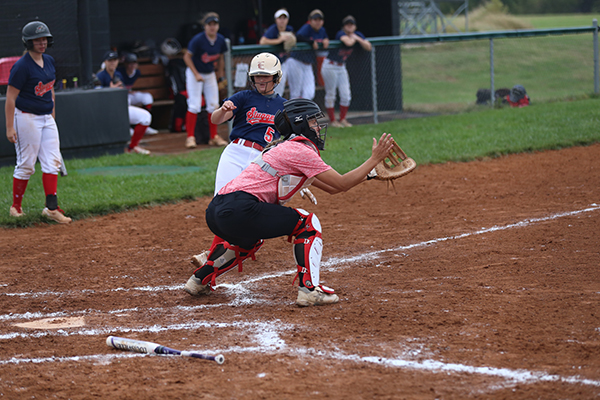 Big Second Inning Gives The Lady Red Devils Win Over Nationally Ranked Highland Community College