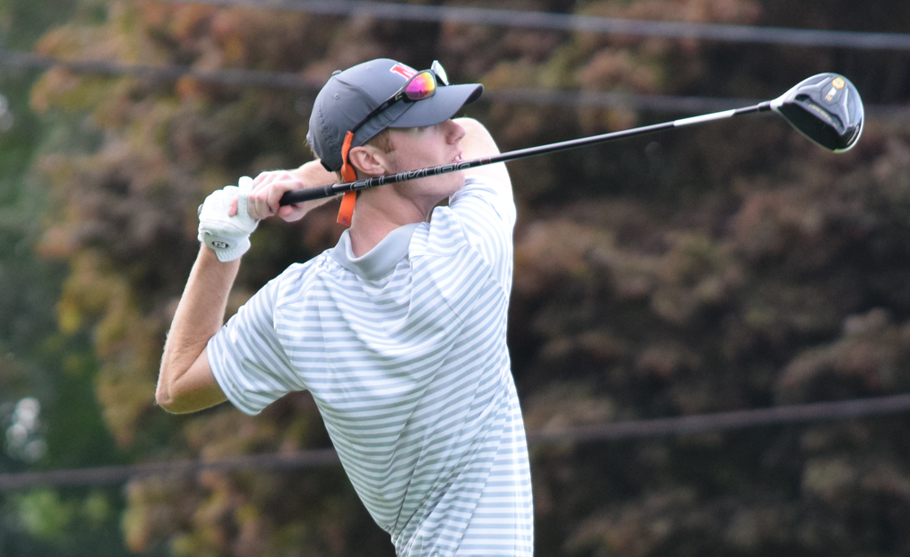 Men's Golf Closes Season with Home Win
