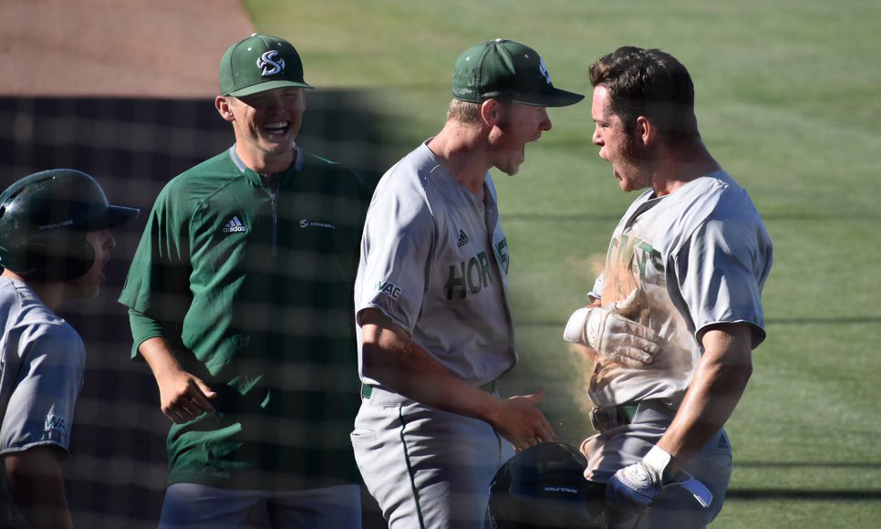 BASEBALL DEFEATS #1 NEW MEXICO STATE IN 10 INNINGS, ADVANCES TO WAC CHAMPIONSHIP GAME