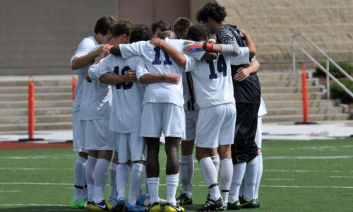 Men's Soccer Fall to Tufts, 3-1
