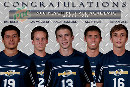 Men's soccer places five on All-Academic team