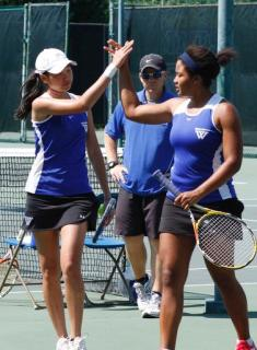Tennis Blanks Smith to Open NEWMAC Slate