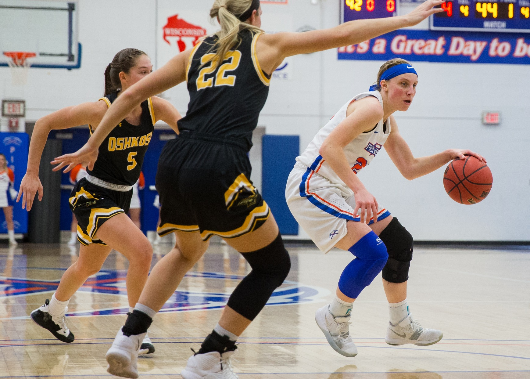 Pioneers earn first conference win