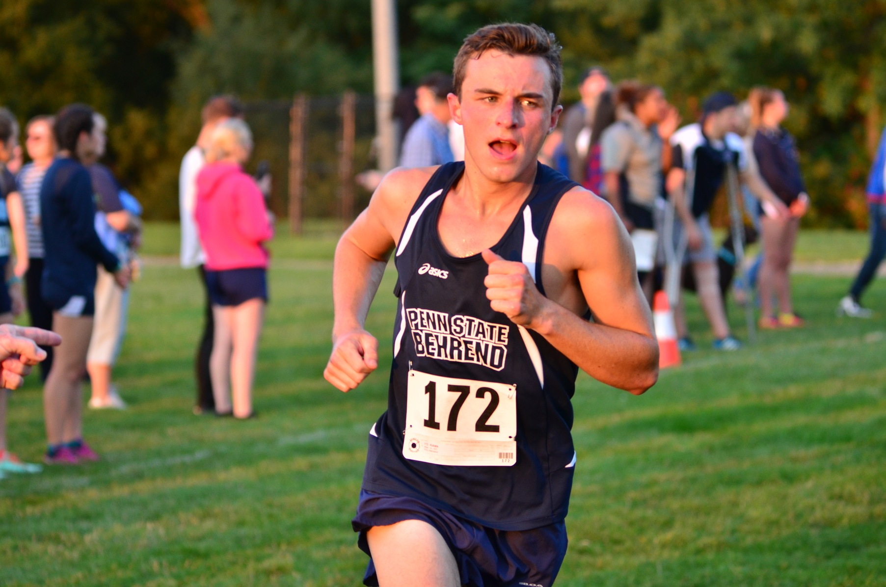 Men's Cross Country Finish Fourth at Houghton