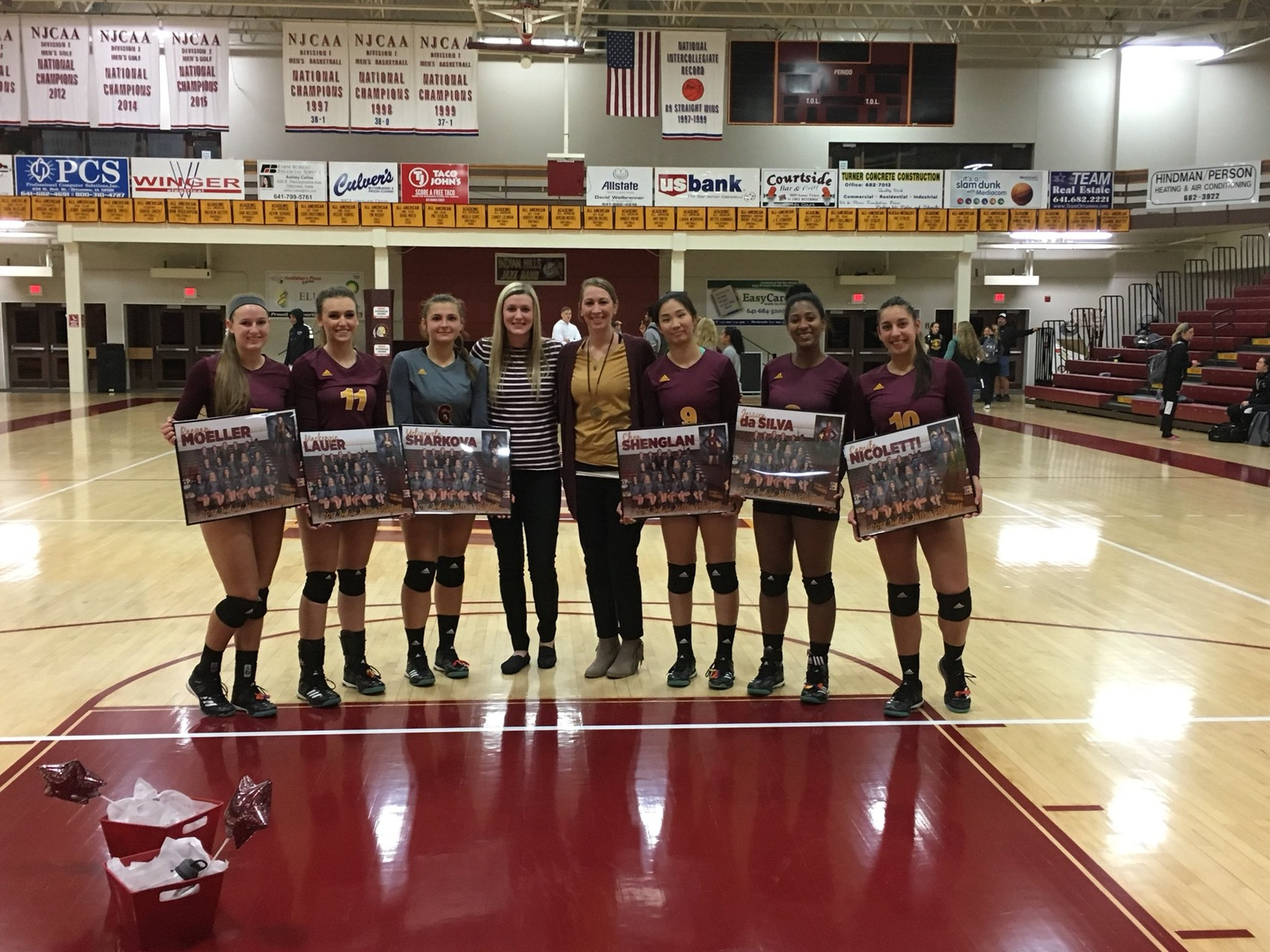 Women's Volleyball Sophomore Night