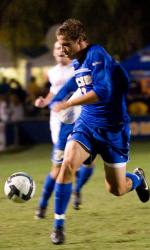 Walker Scores in First Minute to Carry No. 7 UCSB to Win Over UC Riverside