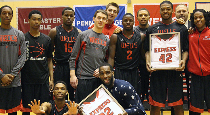 Men's Basketball Concludes Season With Senior Day Loss