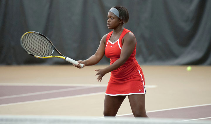 Bulldog Women's Tennis Earns Comeback Home Win