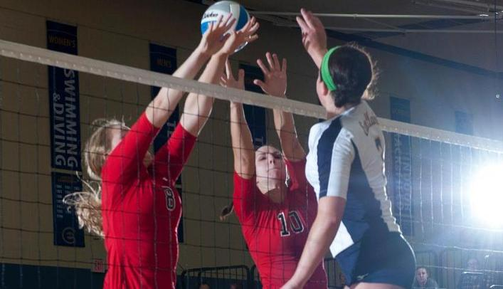 Volleyball Wins Fifth Straight, Defeats UW-River Falls