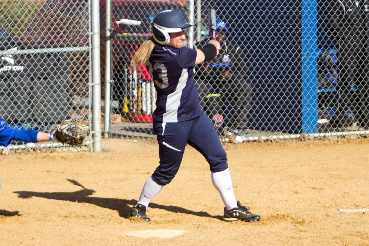 Career Days From Rossi and Simon Lead Softball to Sweep of York