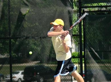 Men's Tennis Defeats Western New Eng., Completes Spring Break Sweep
