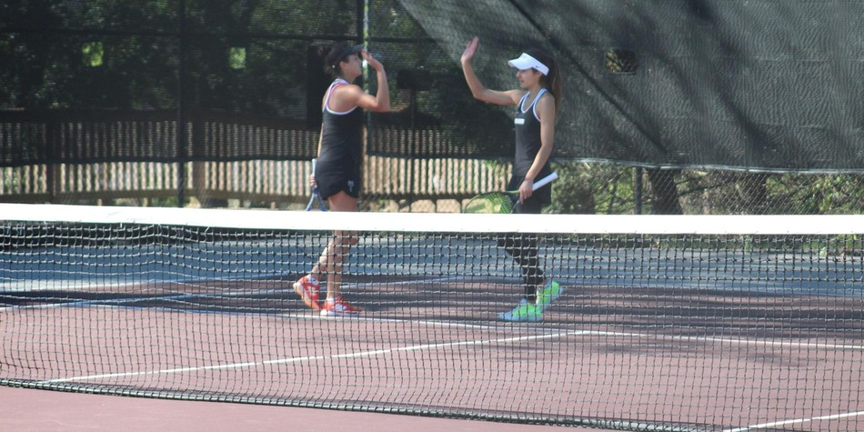 Miletic and Gamarnik go 3-0; Three Different Pairs win as Women's Tennis Competes at TCNJ's Lions Doubles Tournament