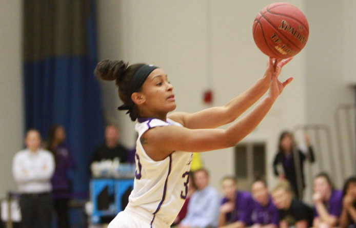 Women's basketball erases 10-point deficit to rally past regionally-ranked Franklin Pierce
