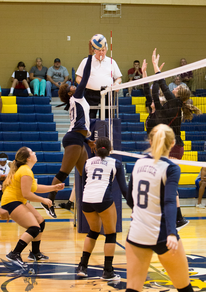 Eagles Cruise to Victory Over Guilford Tech