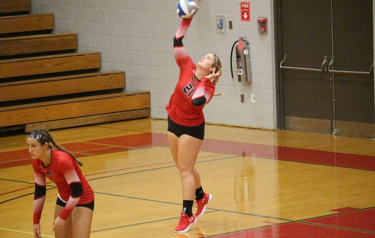 Women's Volleyball Prevails in Non-League Clash at Mass.  Maritime