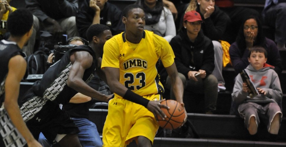 Men's Basketball Suffers Heartbreaking Double-Overtime Loss at Albany, 73-72