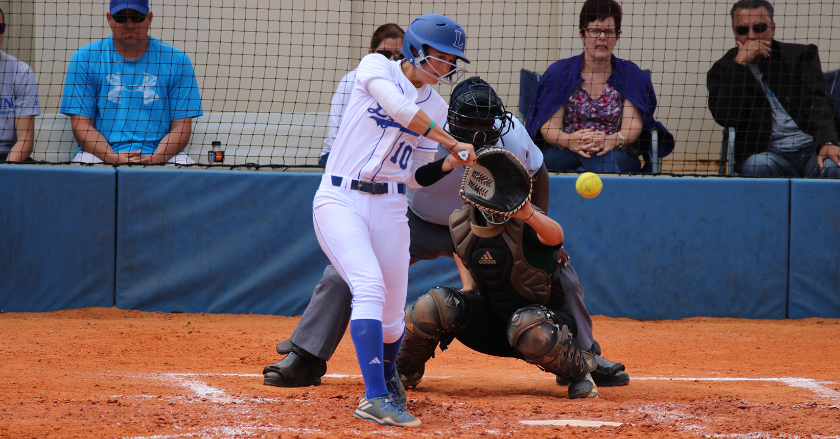 Softball Downed in Doubleheader