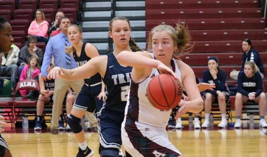Women's Basketball Comes up Short at Calvin