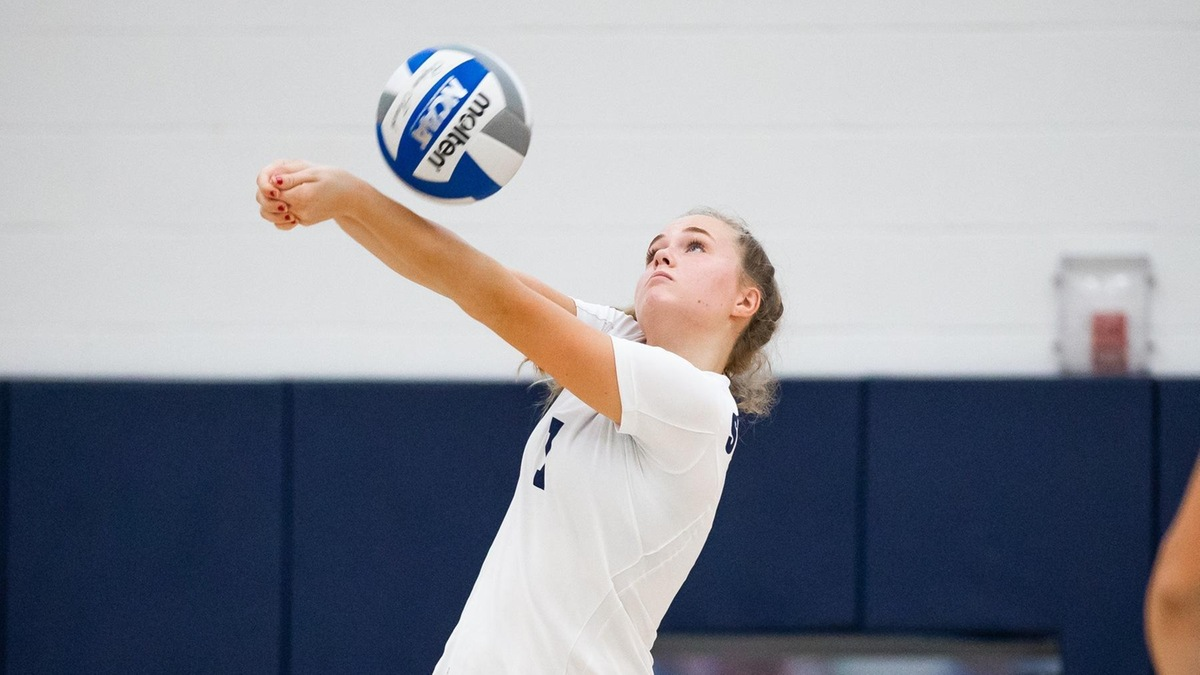 Women's Volleyball Overcomes Two-Set Deficit, But Falls in Five to Maritime