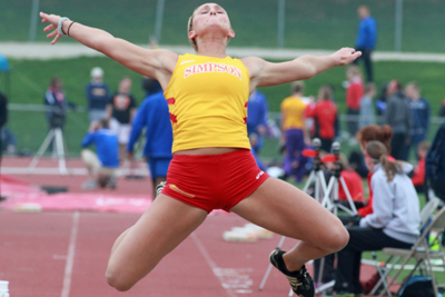 Simpson crowns eight at Loras Midweek