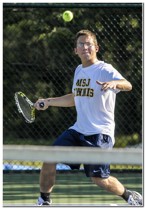 Mount men's tennis records second straight 9-0 win this season