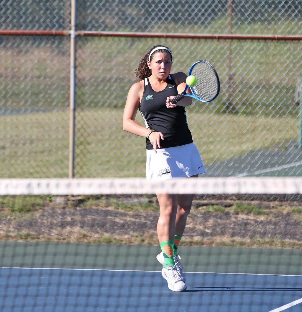 Yeshiva hands Sage women's tennis a tough Skyline loss on Sunday