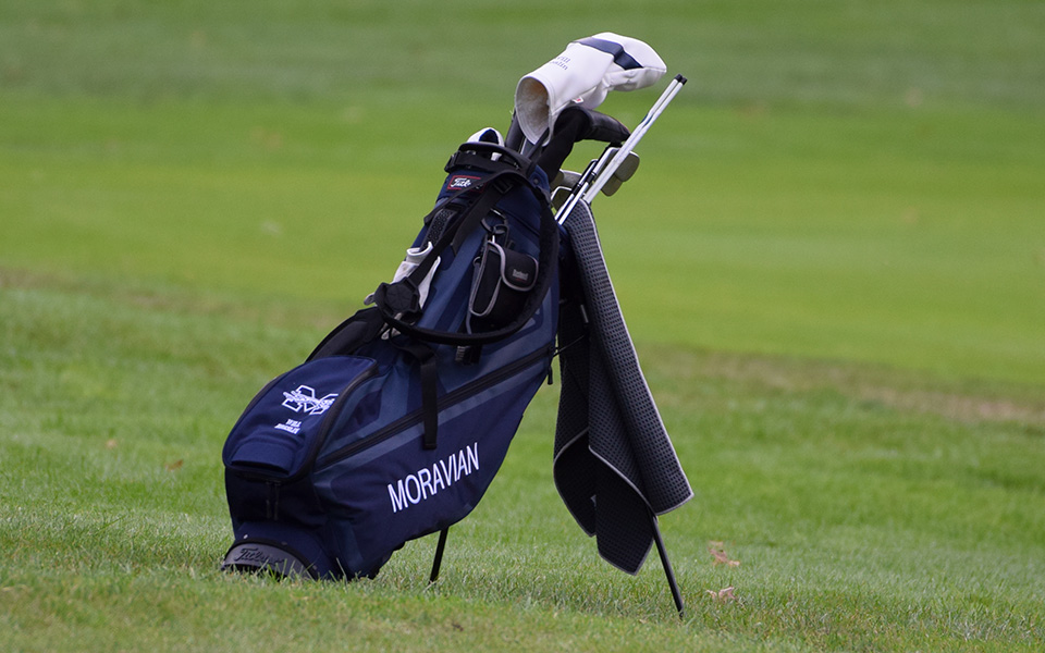 Moravian College golf bag