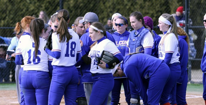 Softball drops two at Aurora