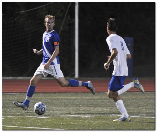 Lions' men's soccer team suffers 4-1 loss at Transylvania University