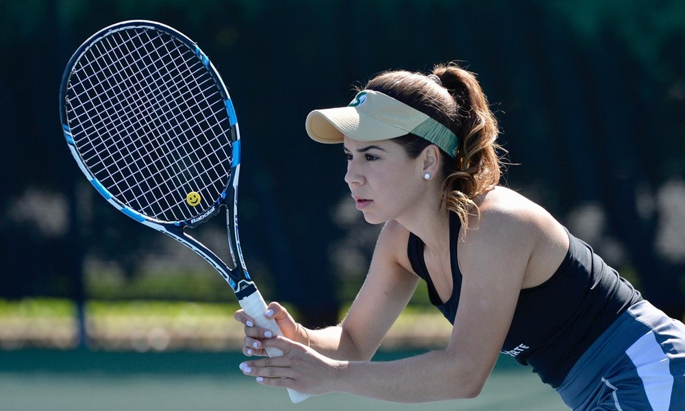DESPITE DELAYED START, WOMEN'S TENNIS ROLLS TO 5-2 WIN OVER IDAHO STATE