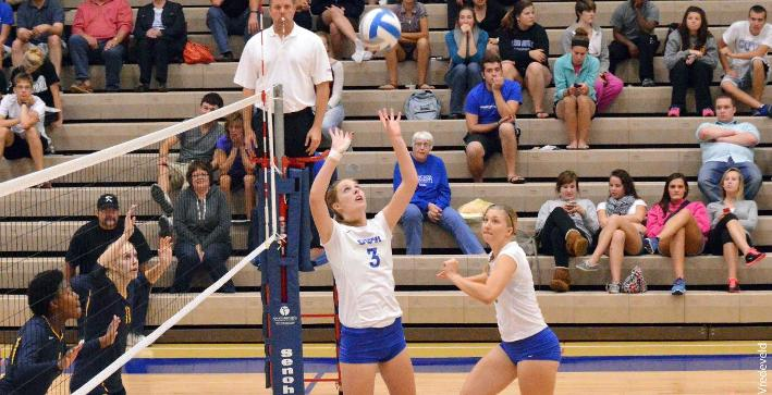 Volleyball clinches spot in NACC Tournament, wins at Marian