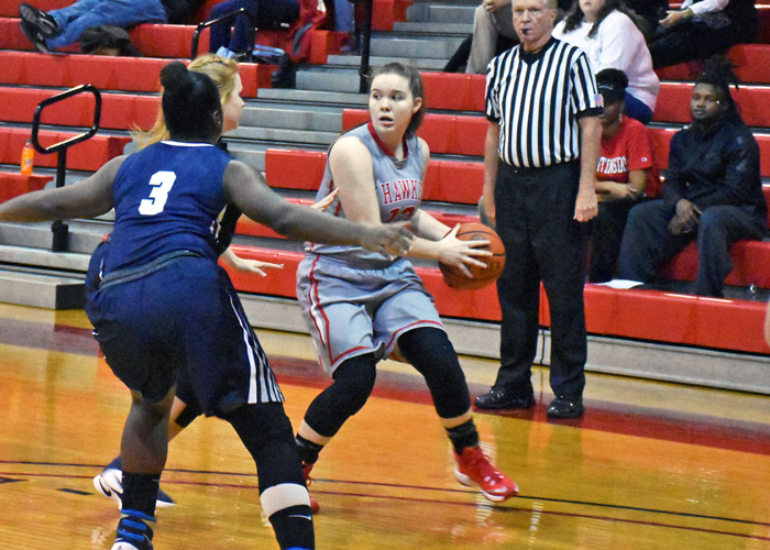Sophomore Hannah Parks led Huntingdon with 13 points in Saturday's 63-51 win over Agnes Scott. (Photo by Wesley Lyle)