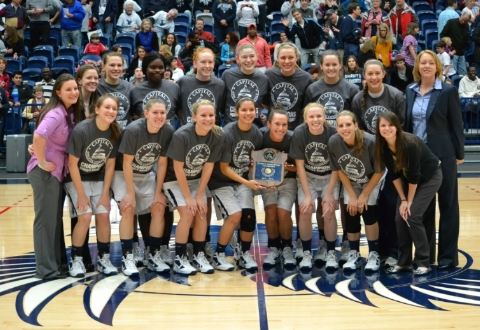 #7 UMW Women's Basketball Tops York, 50-46, for 2012 CAC Championship
