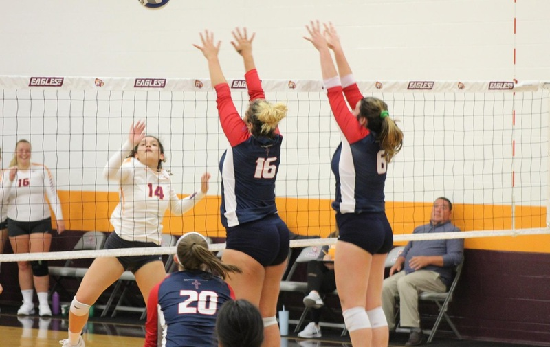 Volleyball Opens Up Conference Play with 3-0 Win over Post