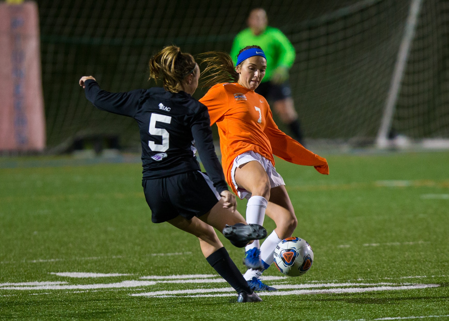 Pioneers fall 1-0 to visiting Warhawks