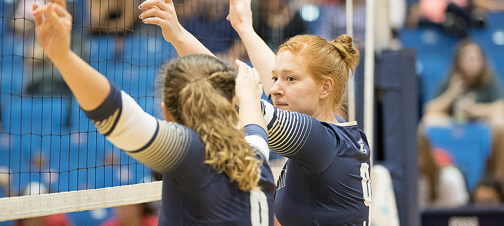 Women's volleyball picks up first win of season at Battlefield Classic
