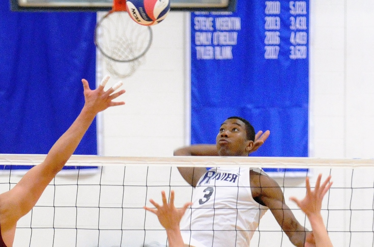 Men's Volleyball: Graham powers Rivier past Wells, 3-0