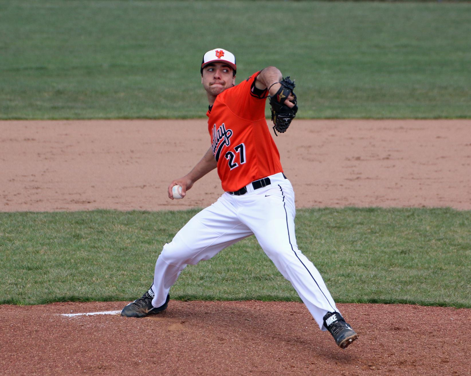 Oilers Split Series With Tiffin