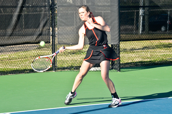 Huntingdon women's tennis falls at Division II Montevallo