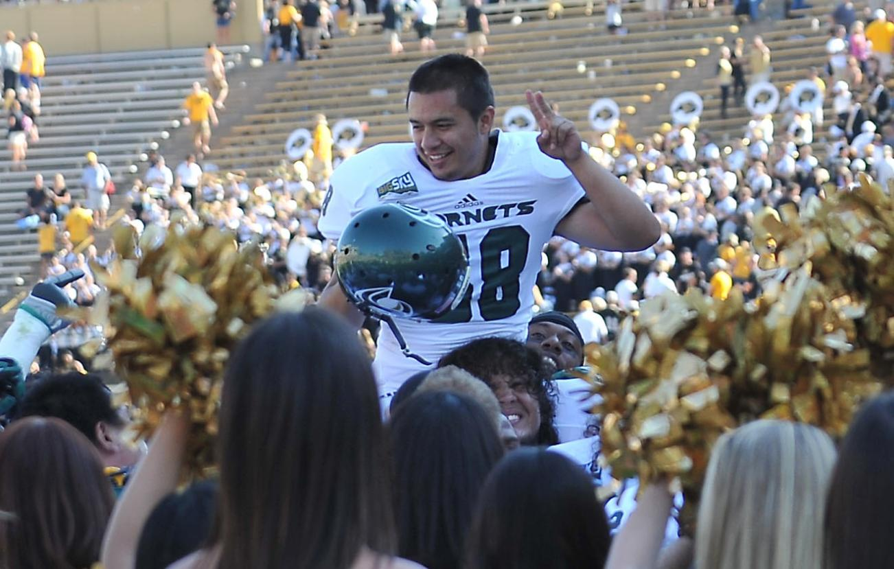 Castaneda's Game-Winning Field Goal Gives Football 30-28 Win at Colorado
