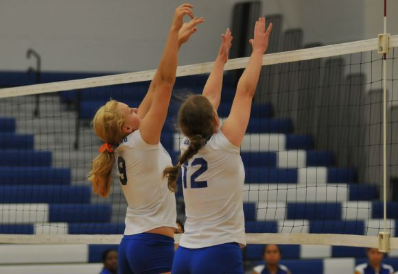 Volleyball Falls to Pair of Ranked Teams on Opening Night