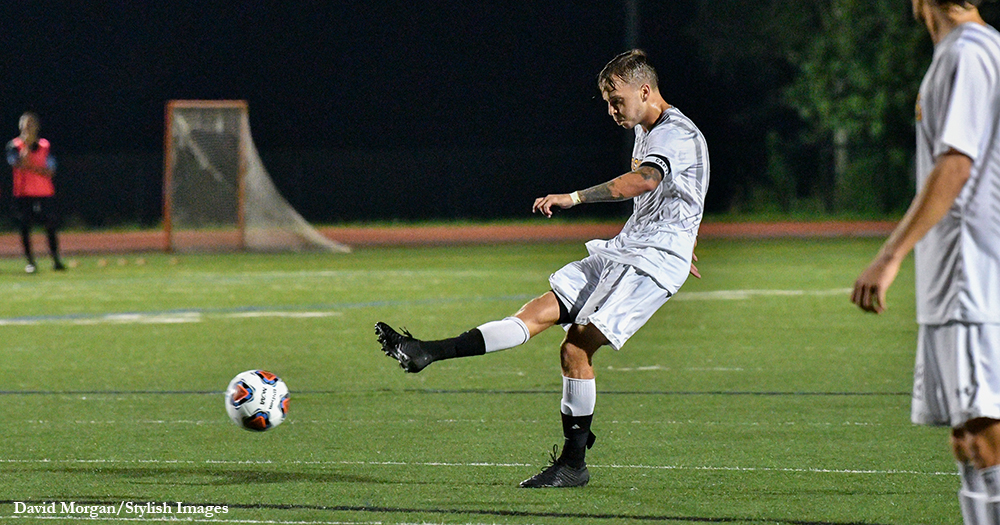 Molyneaux Bags Brace in Men's Soccer Loss