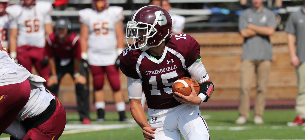 Rally Falls Short as Football Suffers 35-21 Setback to No. 24 St. John Fisher