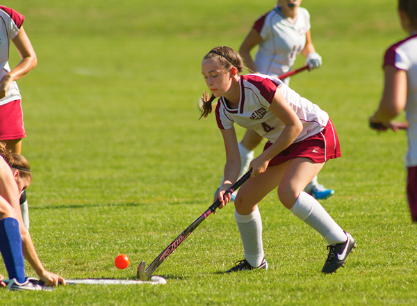 Wildcats Claw Hawks 2-0 in Field Hockey Action