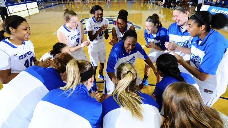 Women's Basketball Hosts Wagner, 7 PM