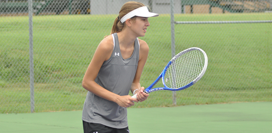 Women's Tennis Team Drops Matches In Austin