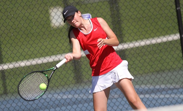 Women's Tennis Continues Spring With Loss at Carthage