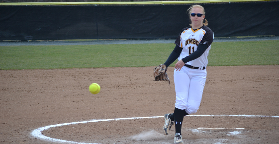 Holte's Complete-Game Shutout Paces Softball to Split in North Carolina