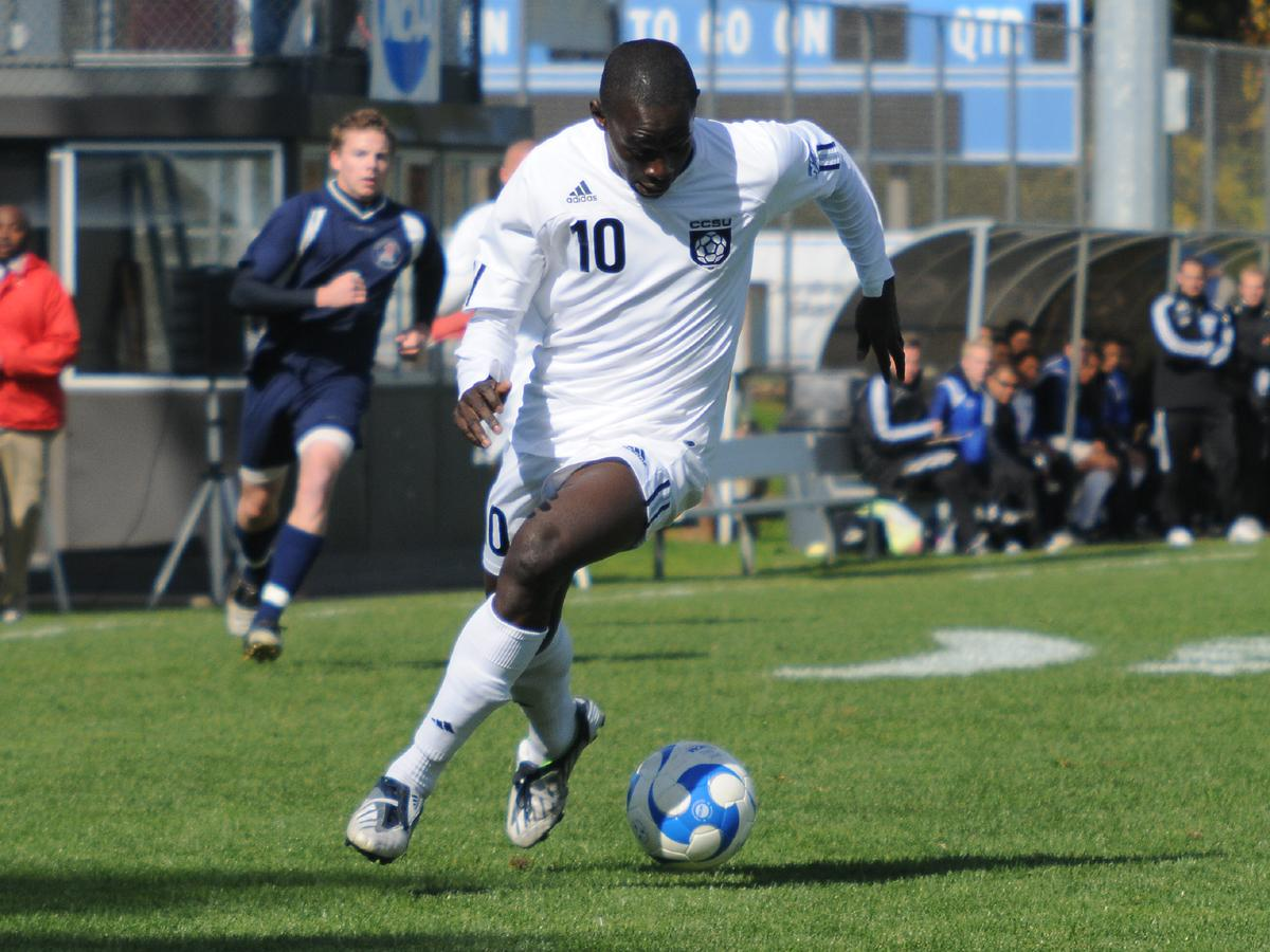 Floyd and Diop Score In 3-1 Blue Devil Victory