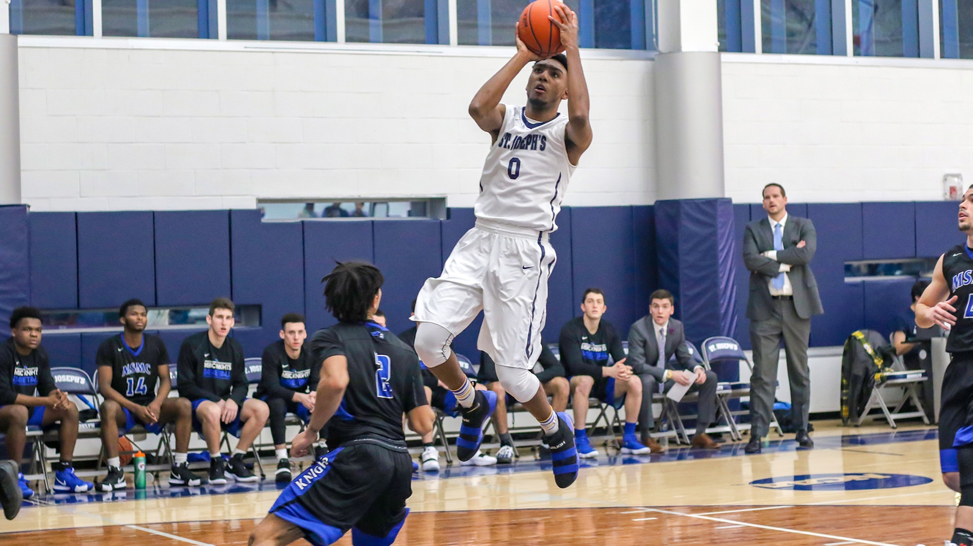 Etheart's Monster Effort Helps Men's Basketball Sink Maritime